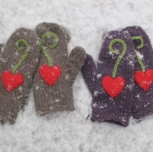 450-Hearty-SuperMitts-Snow1