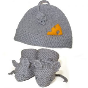 Mouse Nibbles Hat & Booties