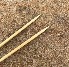 ChiaoGoo Bamboo Single-Point Knitting Needles US Size 8 (5.0 mm)