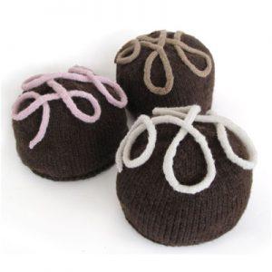 Chocolate Praline Hat PDF Pattern